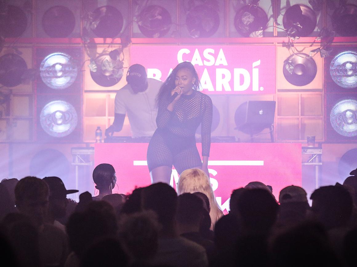 explore-bacardi-Campaign-CasaBacardi-DESKTOP_1160x870@x2